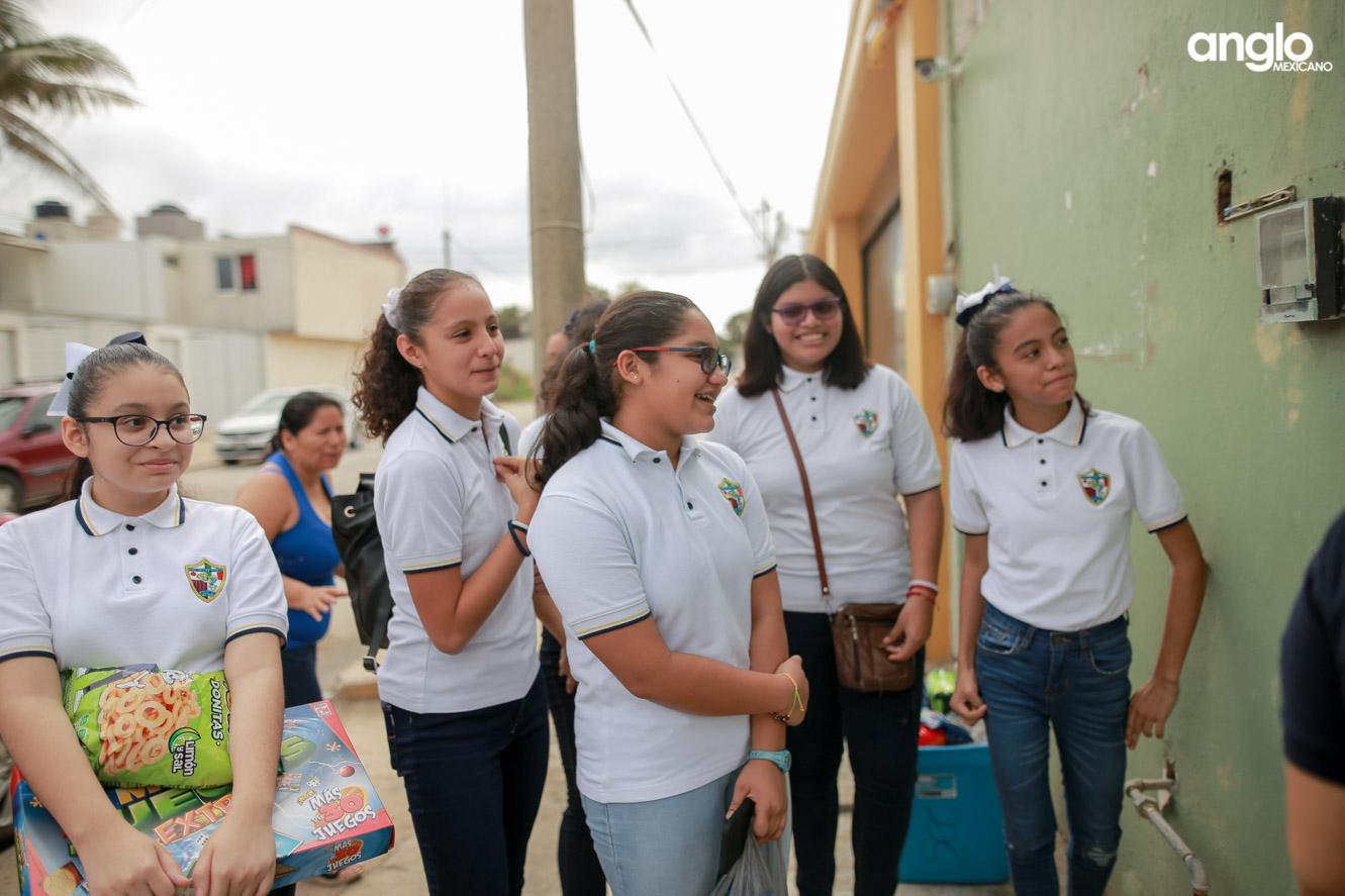 COLEGIO ANGLO MEXICANO DE COATZACOALCOS-SECUNDARIA-VISITA CASA HOGAR-6529